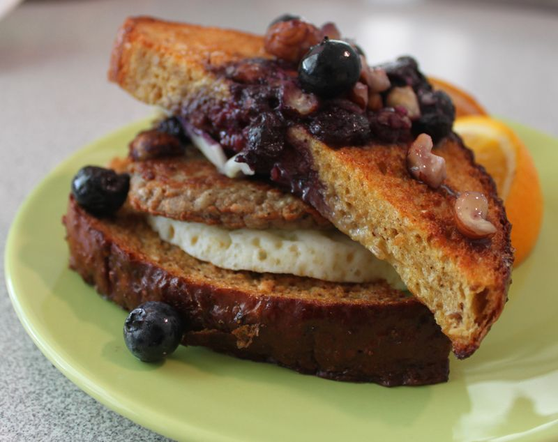 FMP blueberry french toast eggwich